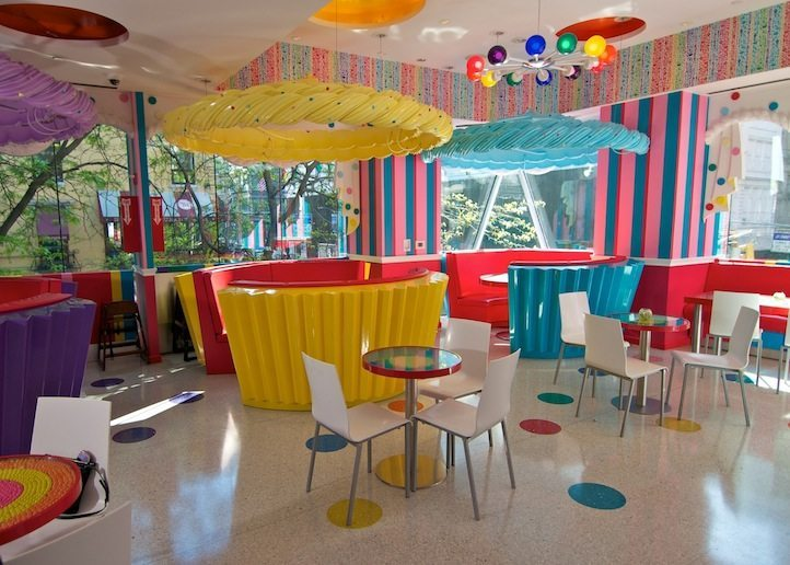 DYLANS CANDY BAR2